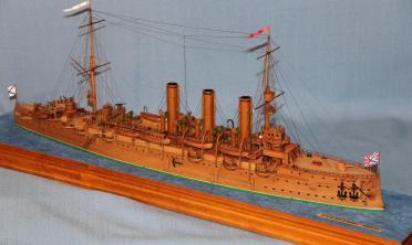 Готовая модель крейсера Аврора 10.