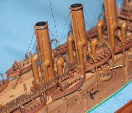 Модель корабля ручной работы - крейсер Аврора 22.
