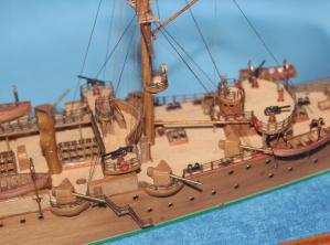 Модель ручной работы крейсера Аврора 33.