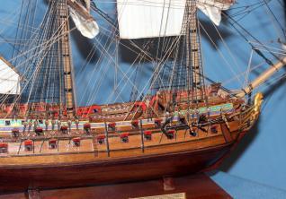 Готовая модель-копия корабля Ингерманланд.