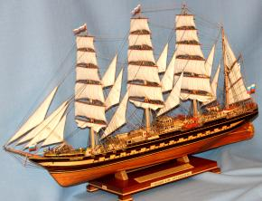 модель барка Крузенштерн 0