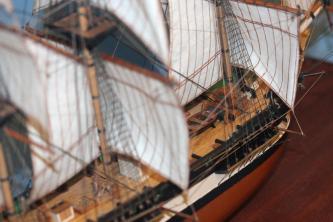 Готовая модель шлюпа Мирный, нижние паруса