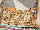 Модель парусного судна `Мир`. 5