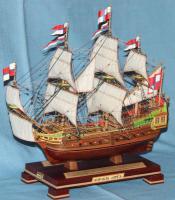 модель корабля Орёл
