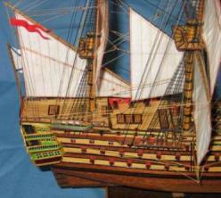 Модель российского корабля Трёх Иерархов
