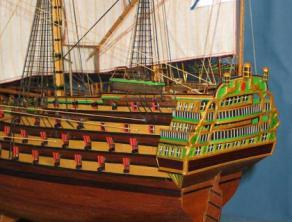 Модель корабля XIII века Трёх Иерархов