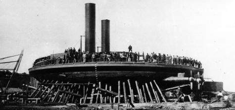 фото броненосца Новгород на стапеле