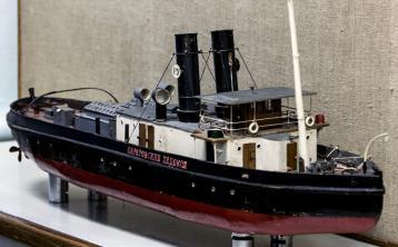 Модель Саратовского ледокола ручной работы 1