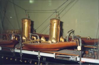 модель корабля Адмирал Корнилов ручной работы ЦВММ