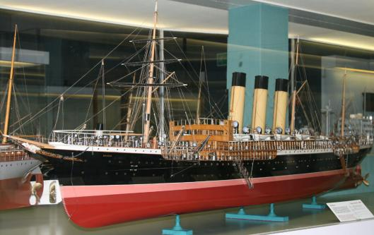 Авторская модель парохода Москва