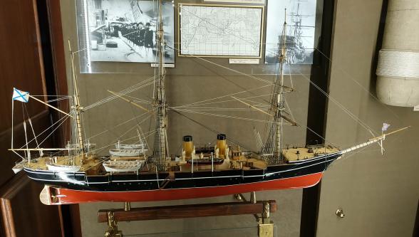 Авторская модель  корвета Витязь II из музея Океана