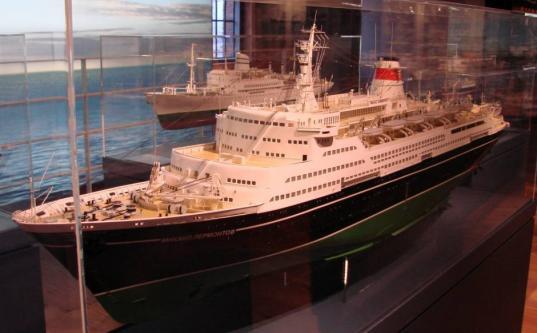 Музейная модель лайнера  Михаил Лермонтов. Общий вид