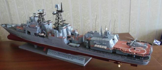 модель корабля Адмирал Левченко ручной работы