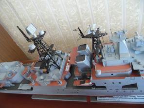 Коллекционная модель корабля Адмирал Левченко 4