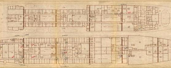 Модель корабля пр. 1914 Маршал Крылов. Главная палуба и первый ярус надстроек
