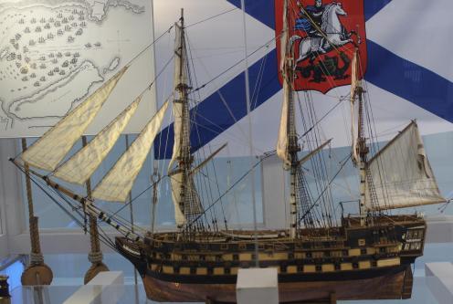 Музейная модель корабля Азов