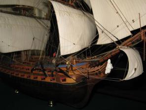 Коллекционная модель корабля Святой Павел