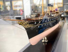 Авторская модель яхты Полярная звезда
