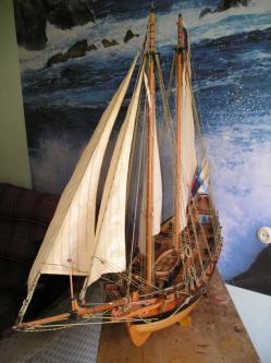 Модель яхты Ройал Транспорт ручной работы